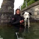 Lara beim Schwimmtraining