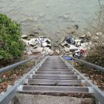 Steile Treppe zum Wasser